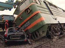 В Грузии перевернулись 12 вагонов грузового поезда